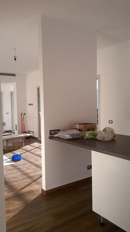 Quale colore per parete tra sala e cucina for Parete sala