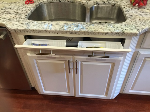Two Tone kitchen done with Diamond Anaheim Maple Cabinetry ...