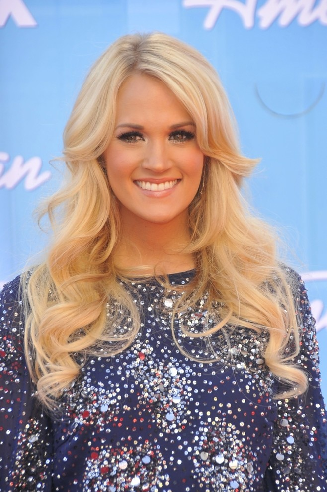 Carrie Underwood In Attendance For American Idol Season Finale Print Contemporary Prints And Posters By Posterazzi