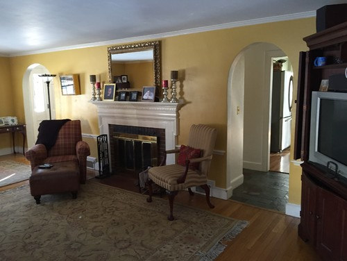 How to rearrange my living room to separate the focal points. Firepla
