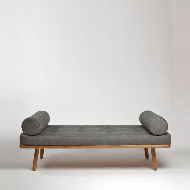 Day bed one grey modern chaise longue london by for Chaise longue day bed