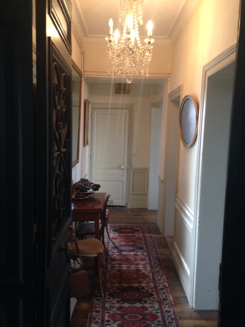 Couleur peinture couloir for Couleur peinture couloir entree