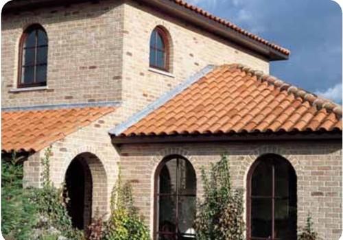 Rivestimento in pietra facciavista for Rivestimento in mattoni per case