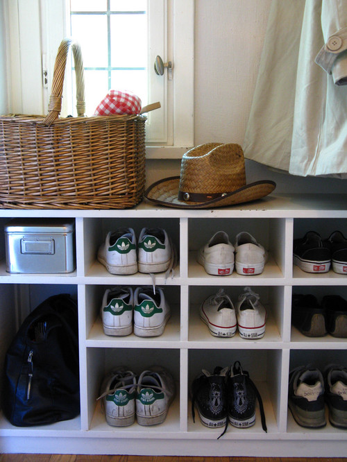 Chez Larsson- Shoe cubbies