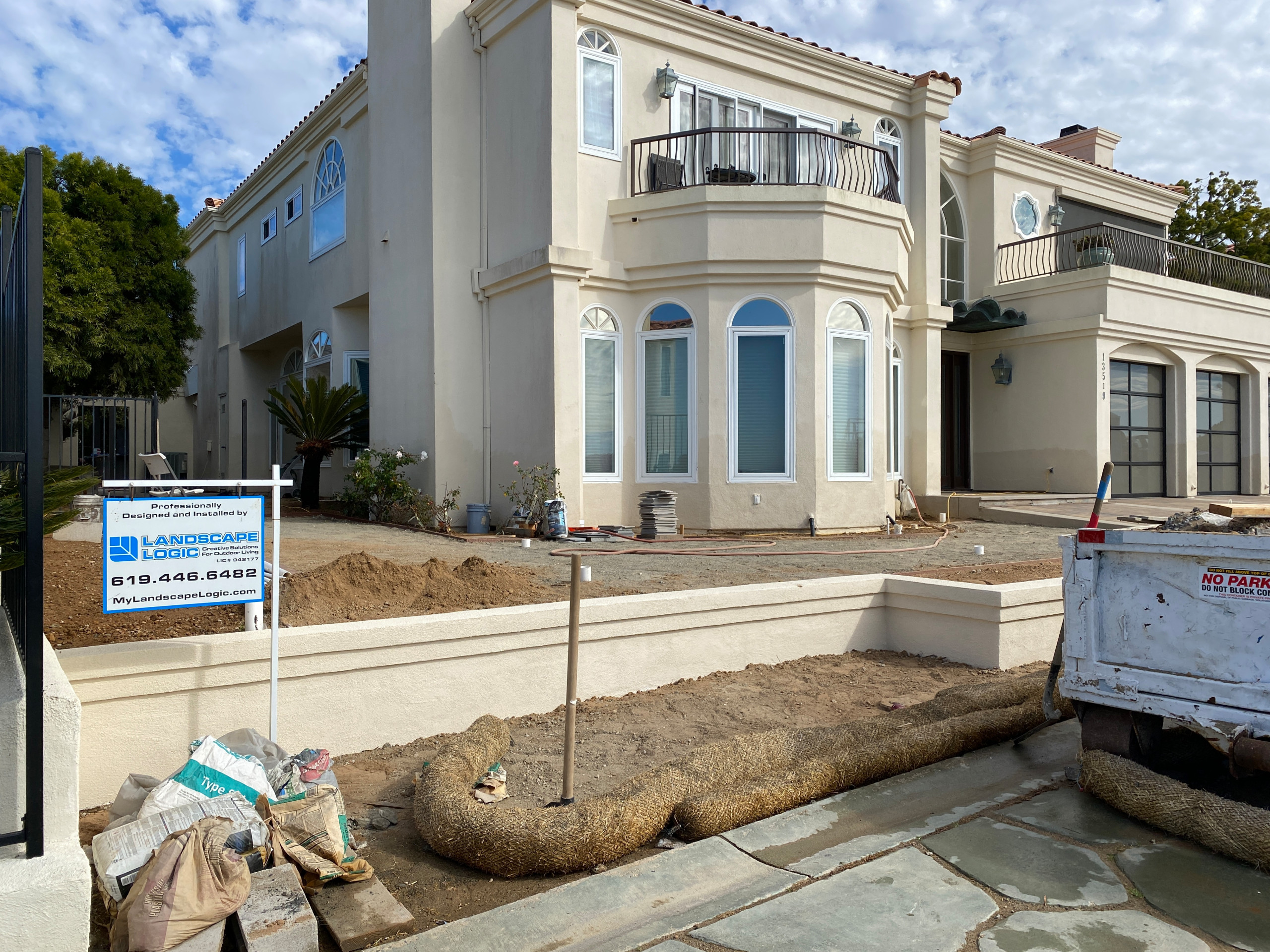 Stucco Front Wall Complete