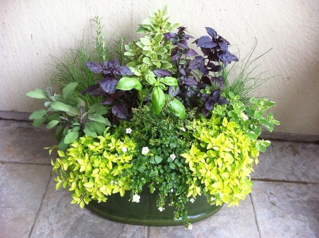 Texture in container garden design for Wohnideen container