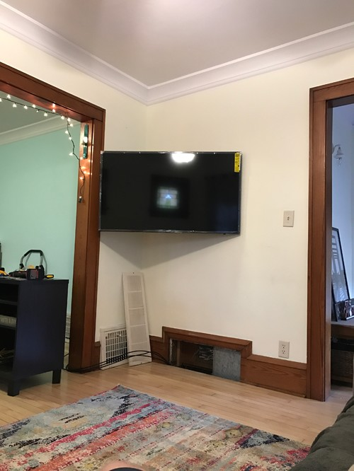 Ideas For A Console Table Under Wall Mounted TV