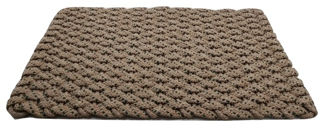 20x38 Rockport Rope  Mat, Tan With 2 Green Specs And Tan Insert.