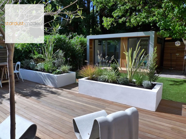 Contemporary modern landscape design ideas for small urban Modern front garden ideas uk