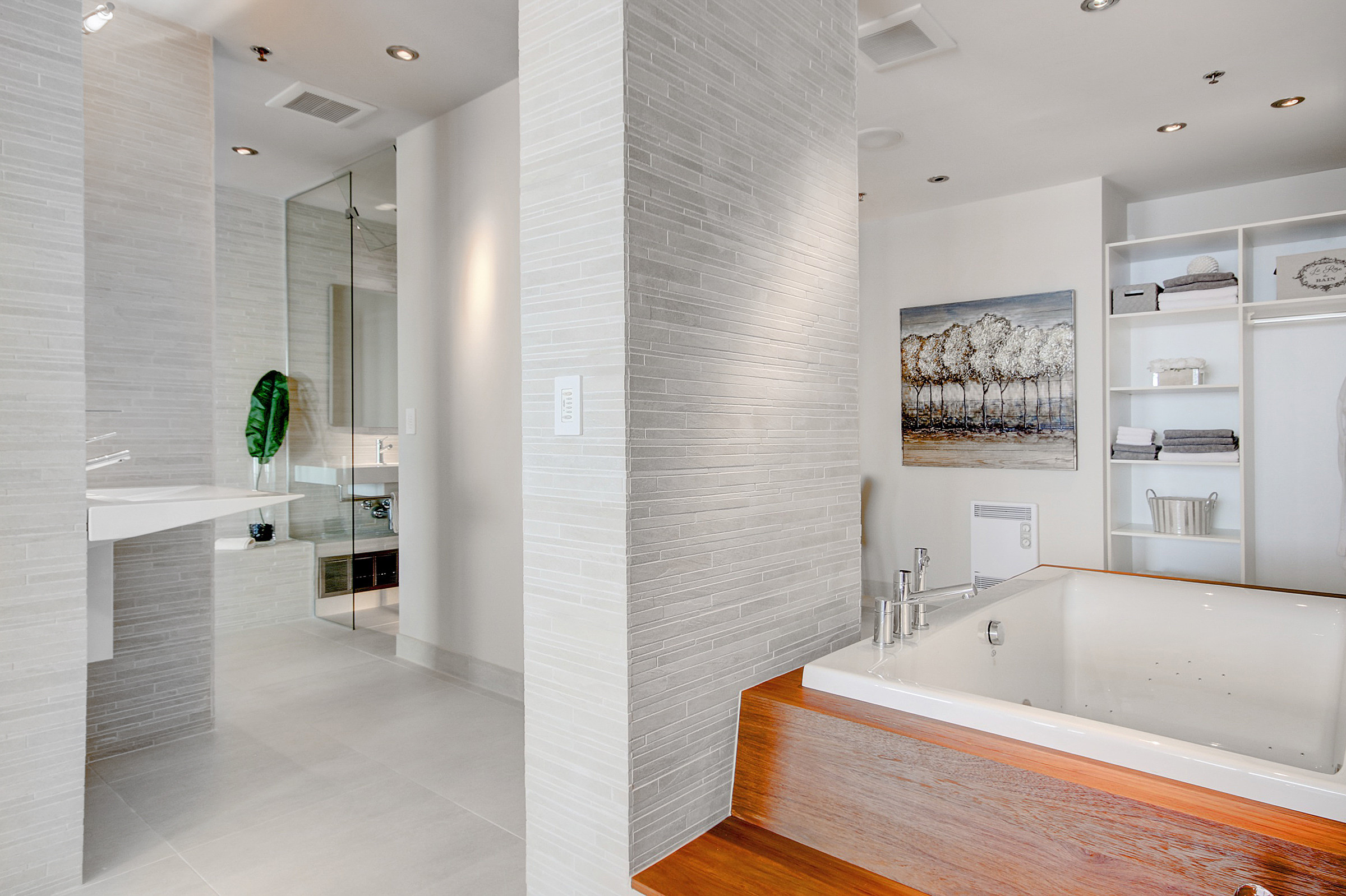 300 Ave des Somment - Modern Luxury Condo Home Staging