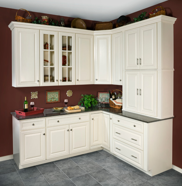 WOLF Classic Cabinets: Hudson Rustic