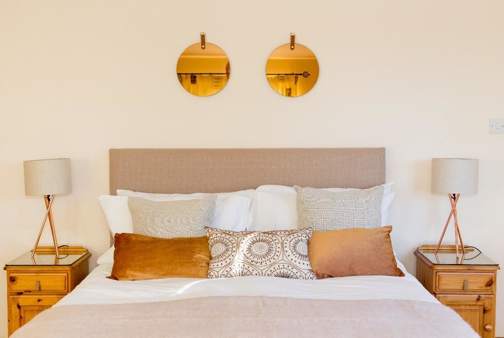 Details when updating holiday homes - across a variety of projects
