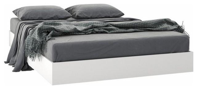 Full Size Platform Bed, White.