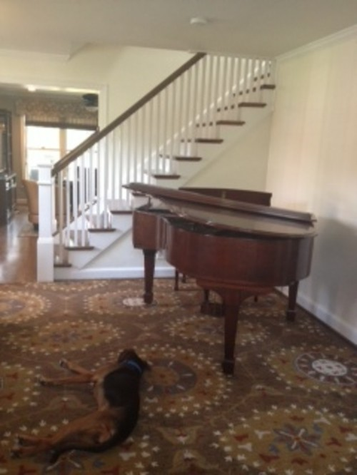 Decorating around a baby grand piano in a small living room for Small grand piano