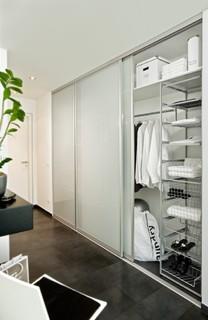 schiebet r f r hauswirtschaftsraum. Black Bedroom Furniture Sets. Home Design Ideas