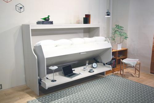 小さな部屋には一粒で二度おいしい家具が大切