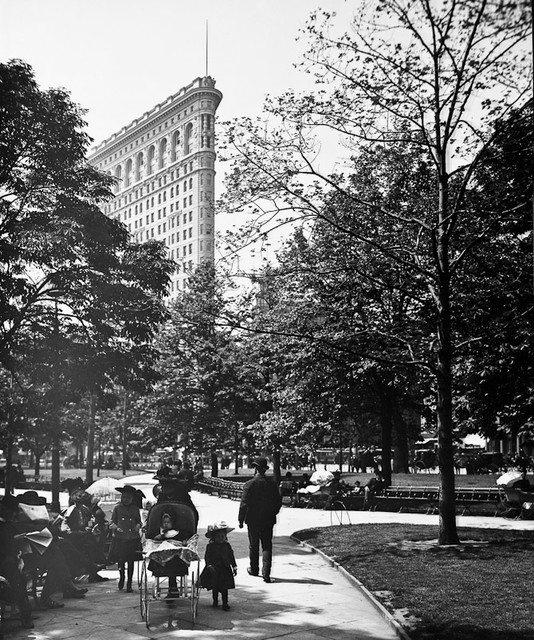 """Madison Square Park, 1902, 8""""x10"""" Matted."""