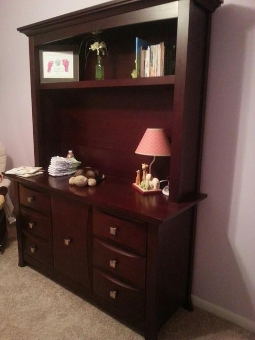 mismatched bedroom furniture in kids room