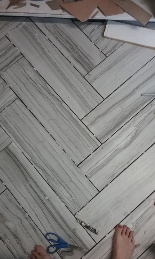 Help Dark or Light Grey Grout for Floor Tiles