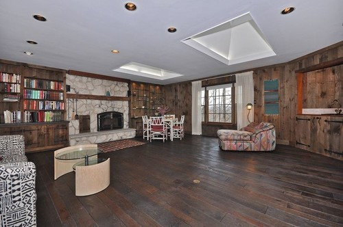Wood Paneled Room   Help!