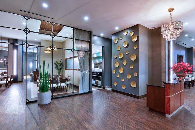 Minimalist home design photo in Denver