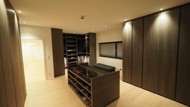villa m saarbr cken. Black Bedroom Furniture Sets. Home Design Ideas