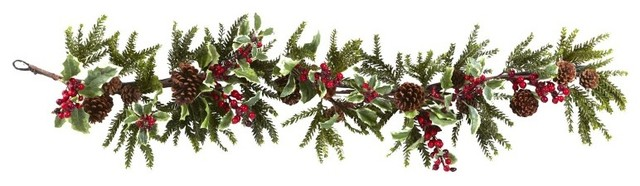 54 Holly Berry Garland, Red.
