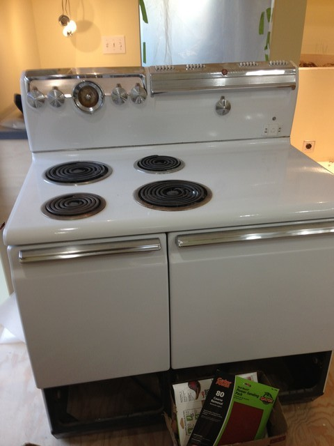 kwh yearly for a ge electric stove pictured model 1j4062l1 anyone have a wild guess as to the energy use or where i could find out thanks vic