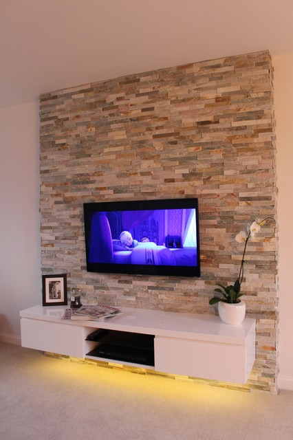 Contemporary living room with natural stone feature wall for Feature wall tile ideas