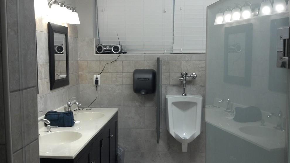 RVFD-Bathroom Sinks and Urinals