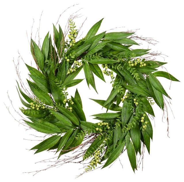 "24"" Green Willow White Berries Wreath."