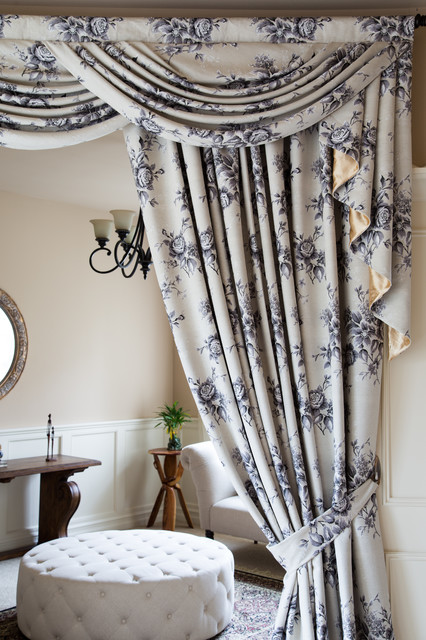 Fleur Noir Wide Overlapping Style Swag Valance Curtain Set Living Room