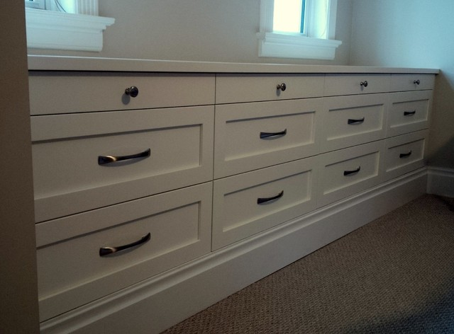 Bedroom Built-In Drawers - Traditional - Bedroom - Toronto - by ...