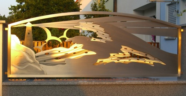 Stainless steel gate design sunset glow edelstahl for Stainless steel driveway gates designs