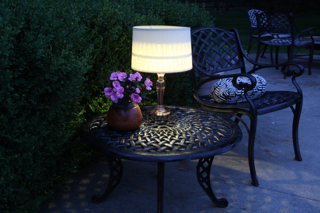 Night With An Easy Outdoor Table Lamp
