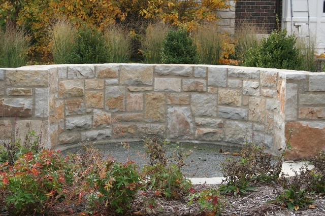 Natural Stone Veneer Retaining Wall Traditional Landscape Chicago By