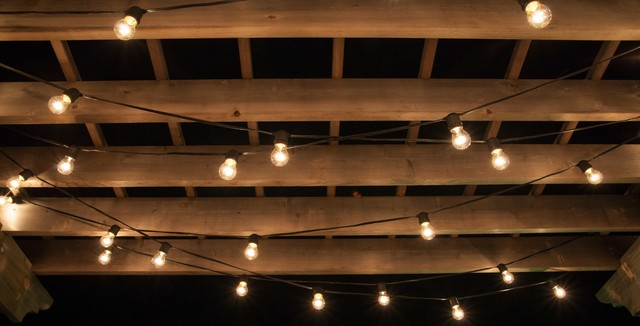 Lighted Pergola for Patio and Decks - Contemporain - Guirlande Lumineuse et Ruban LED d ...