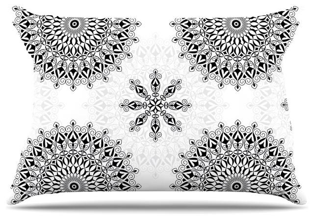 White Design Pillow Case: Julia Grifol