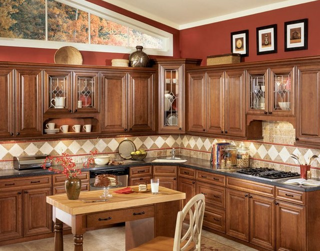 Chocolate Glaze Kitchen Cabinets Home Design - Traditional ...
