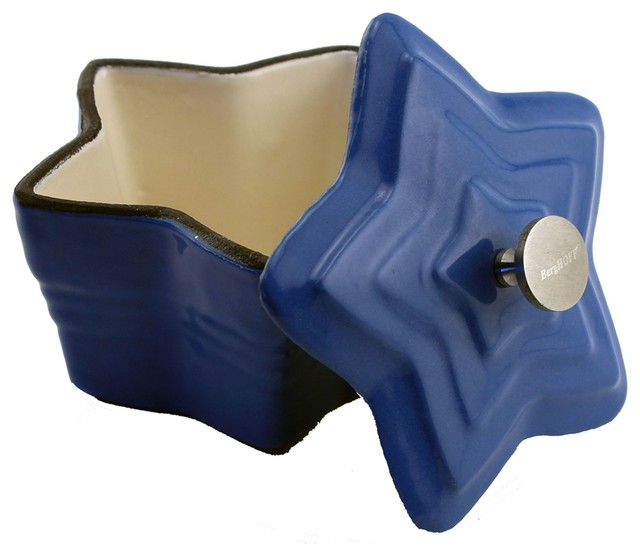 Cast Iron Star Mini Casserole Pan, Blue.