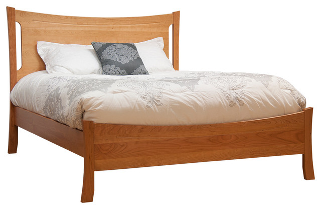 best website a844e 37694 Armstrong Panel Bed With Low Footboard, Natural Cherry, Queen