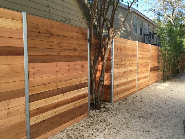6 H Horizontal Cedar Privacy Framed Between Steel Posts