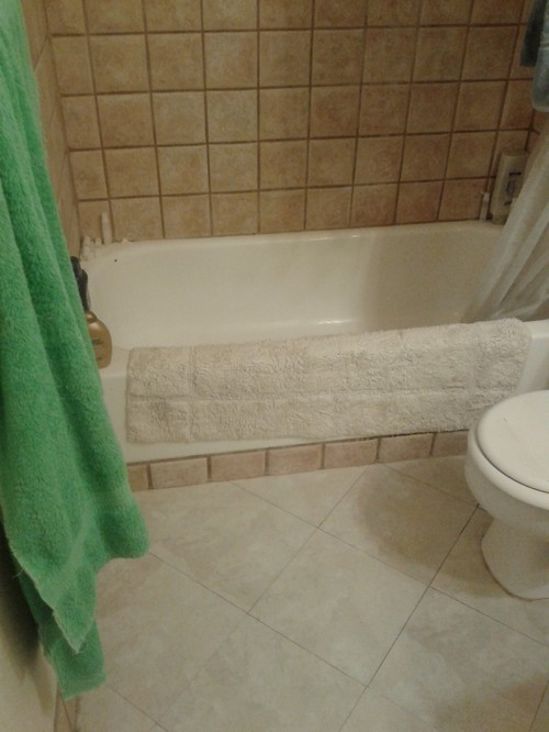 how to update bathroom without replacing this tile