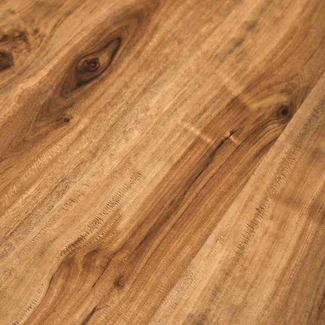 Feather Lodge Shark Plank Wellington Walnut 4 Mm Vinyl