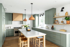 Kitchen of the Week: A Nod to Nature With Earth Tones and Green