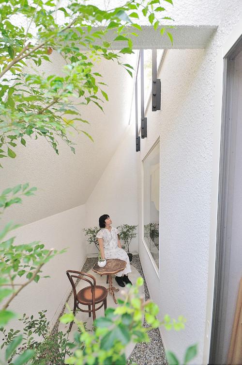 patio de una casa japonesa en okazaki en diariodesign
