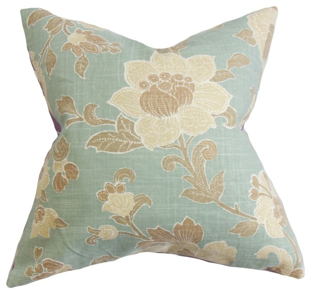 The Pillow Collection Iselin Floral Throw Pillow Cover