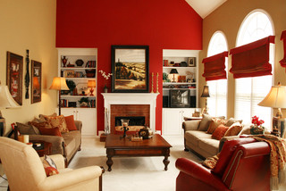 Open Family Room Amp Breakfast Area In Bold Colors