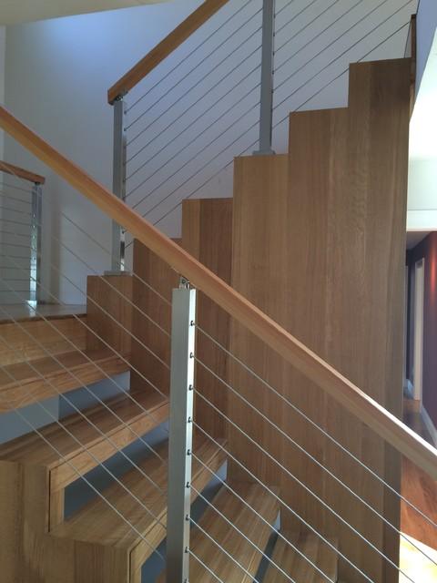 Home design - contemporary home design idea in Boston