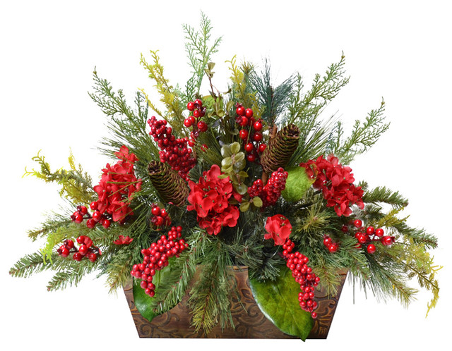 Pine And Berry Christmas Centerpiece Traditional